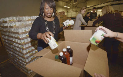 SMCAA, Whirlpool volunteers team up to fight hunger