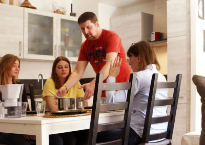 "#DoItTogether: Indesit brand launches the web series ""The Big Family Switch Up"""