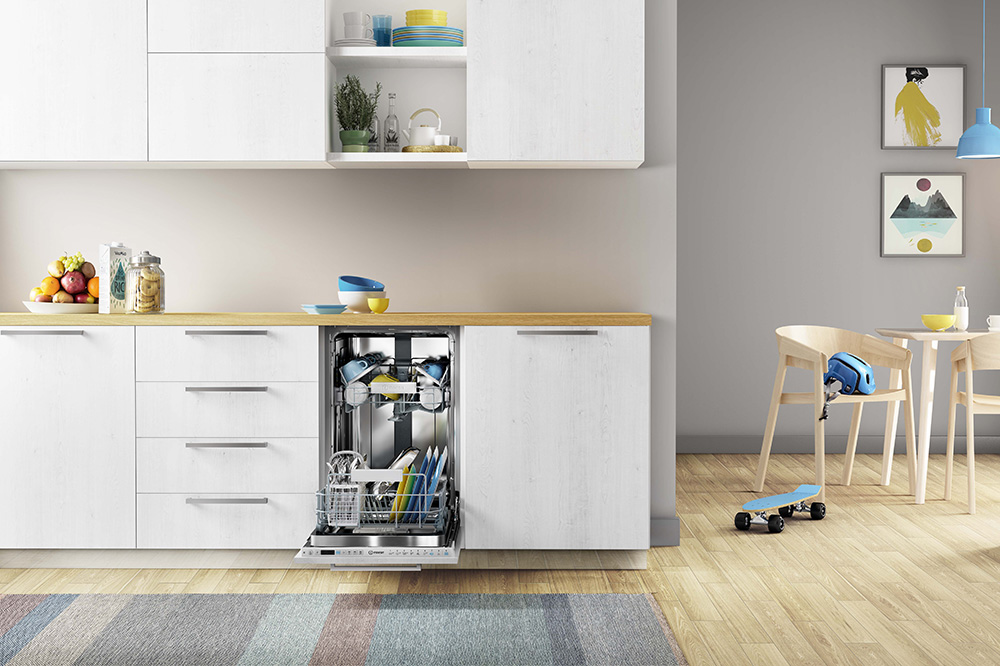 Indesit 45cm dishwasher at Eurocucina 2018