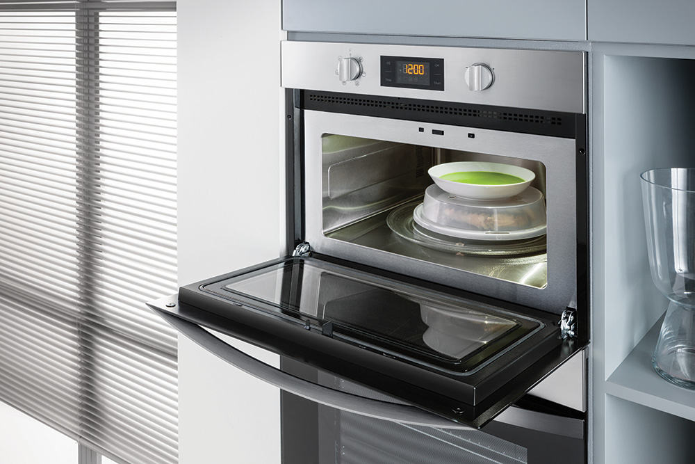 Indesit Aria Microwave Oven at Eurocucina 2018